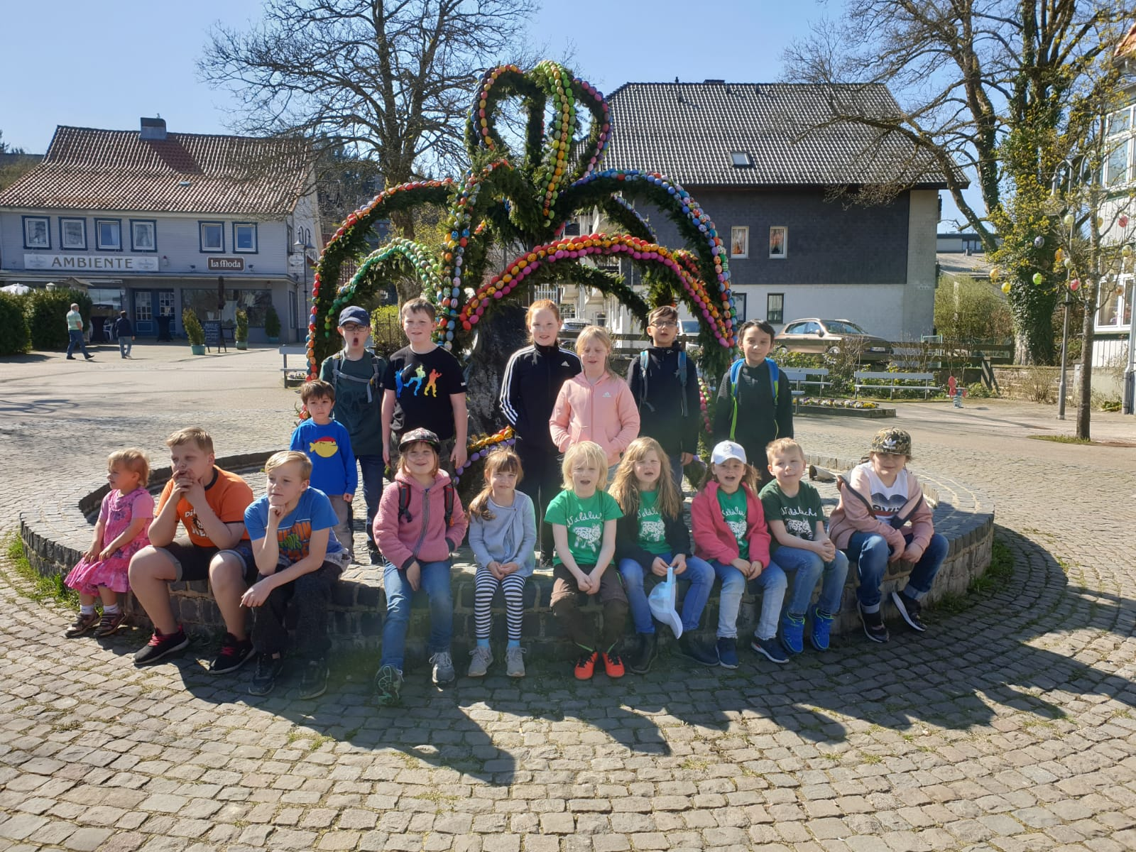 Waldluchse Ostern